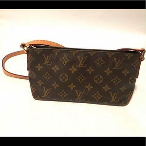 EUC Authentic Louis Vuitton Trotteur *Like New*